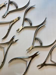 Виды маникюрных инструментов